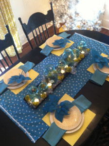 A yellow and turquoise table for Dare to … entertain! (Dare to DIY)