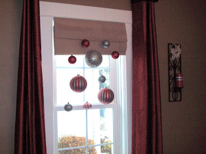 Easy holiday decor: hanging ornaments
