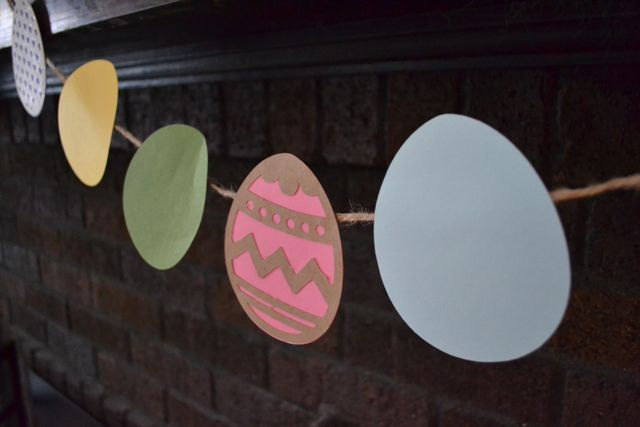 Easter banners and decor07