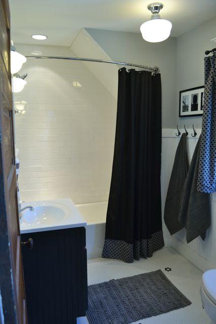 Bathroom black and white1