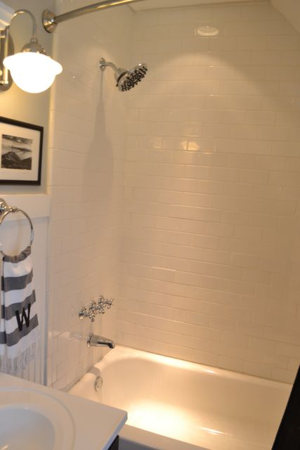 Bathroom black and white5
