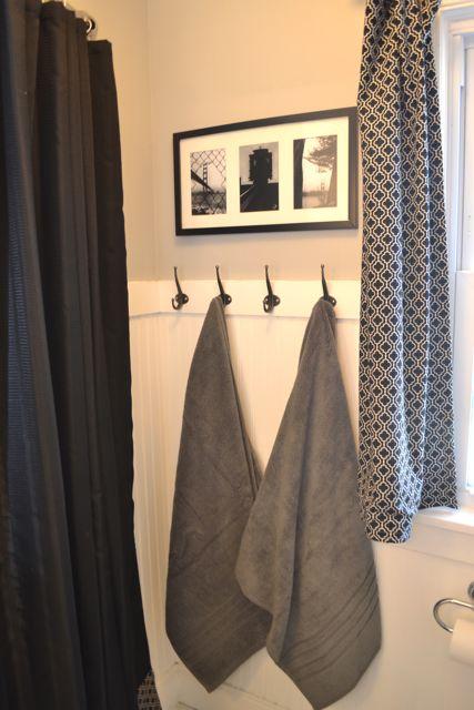 Bathroom black and white8