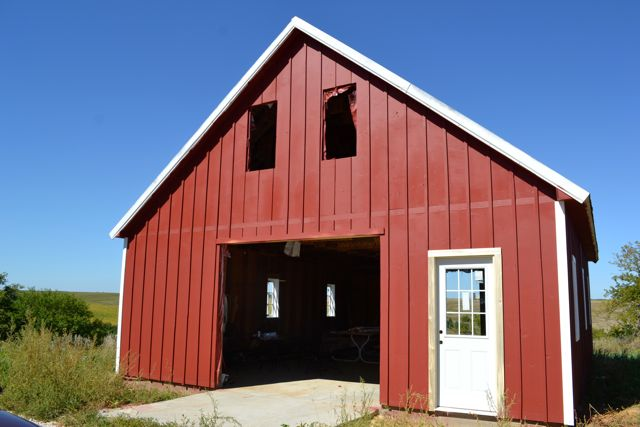 Barn windows trim2
