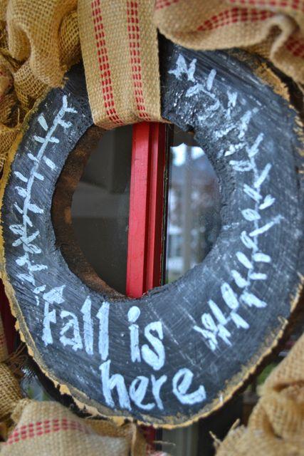 Burlap chalkboard tree slice wreath6