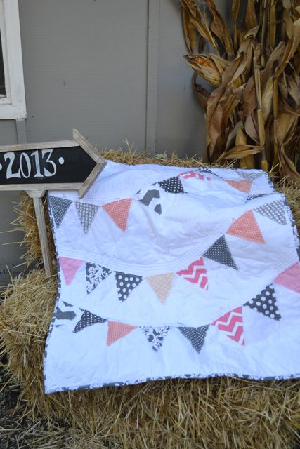 Coral and Gray Pennant Quilt1