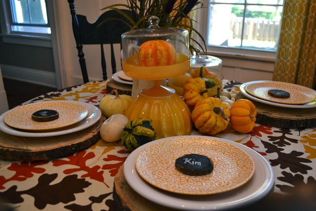Dining Room Table Fall Yellow Tree Slices4