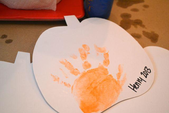 Hand prints1