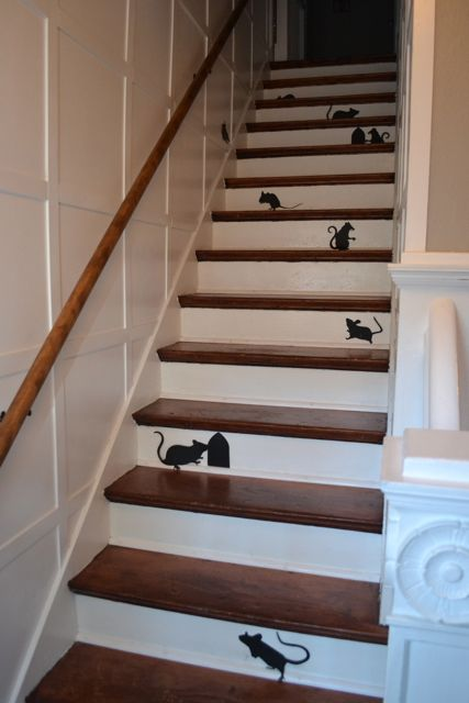 Mice on stairs2
