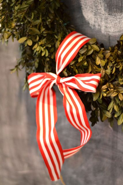 Boxwood wreath chalkboard2