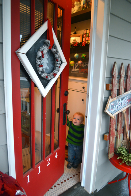 Christmas door decor1