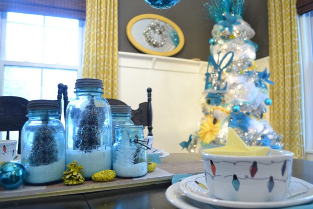 Dining Room Silver Turquoise Yellow Christmas7