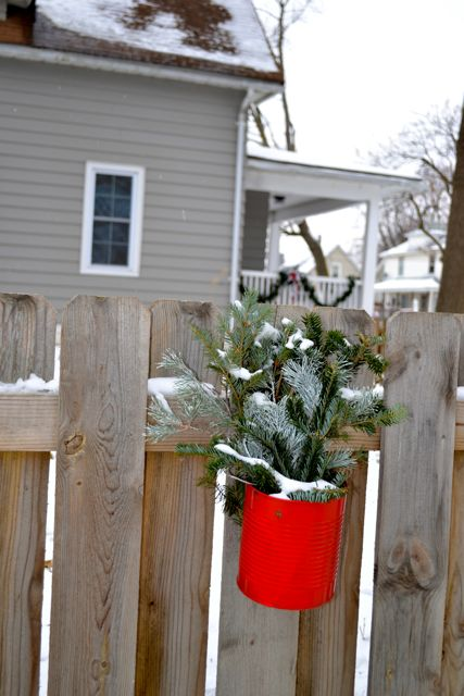 Exterior Christmas Decor1