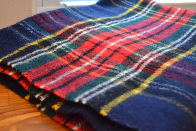 Plaid throw1