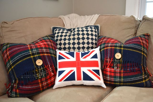 Plaid wool blanket to Christmas pillow5