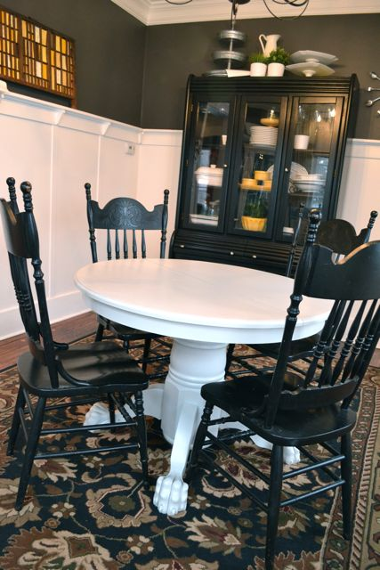 Grey painted clawfoot table Behr4