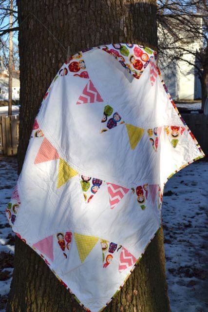Nesting dolls pennant quilt3