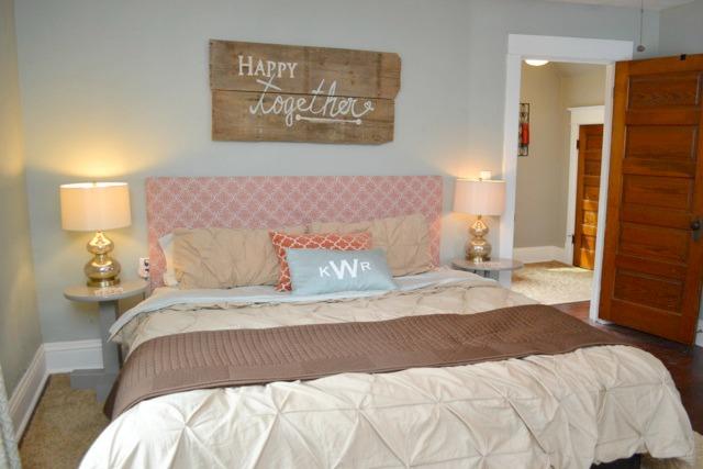 Orange blue brown bedroom4