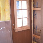 Barn red laundry door1