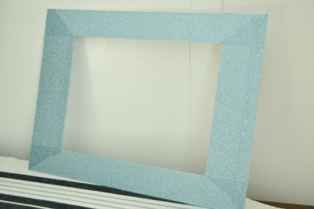 Glitter tape frame matting