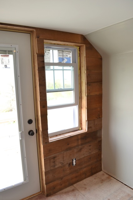 How To Create A Rustic Feature Plank Wall From Old Barn Wood