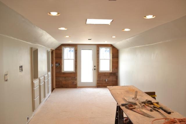 Barnwood plank wall finished6