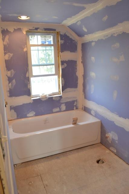 Bathroom mud and tape renovation1