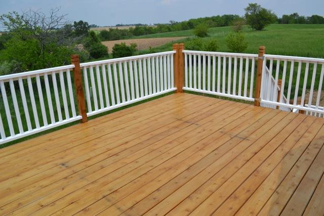 Cedar Deck Painted Rails04