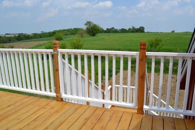 Cedar Deck Painted Rails05