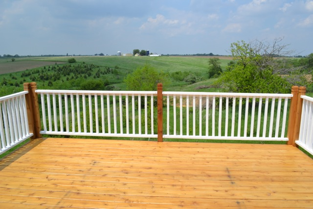 Cedar Deck Painted Rails08