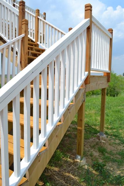 Cedar Deck Painted Rails12
