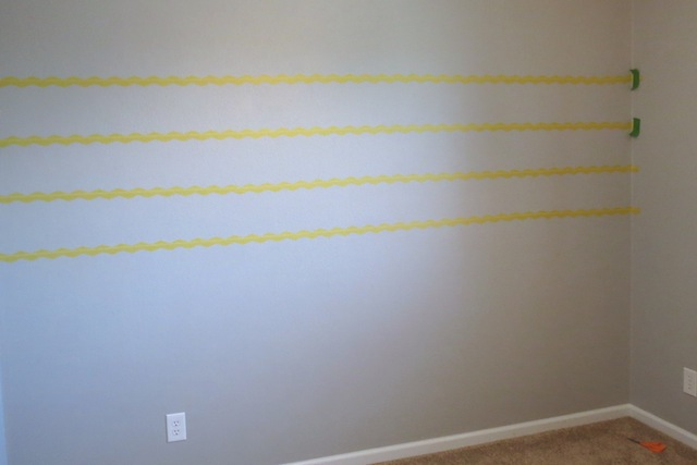 How to paint chevron on textured walls1
