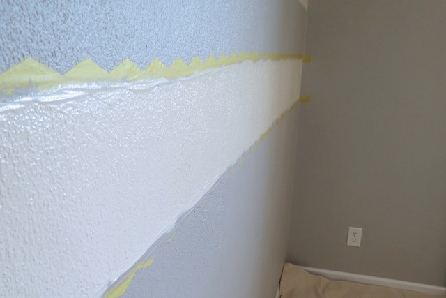 How to paint chevron on textured walls5