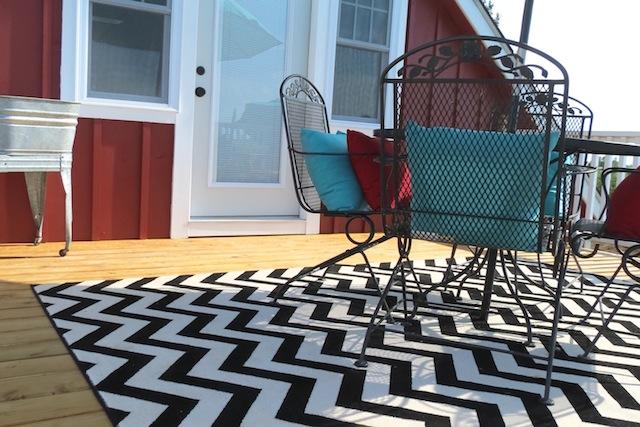 Ideal Mohawk rug chevron patio