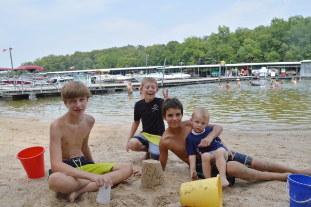 Ozarks Family Vacation 201407