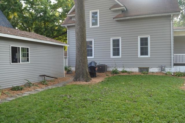Yard mulch 20143