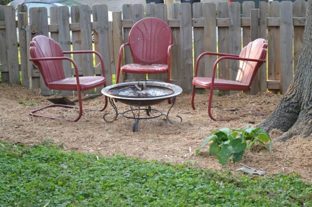 Yard mulch 20149