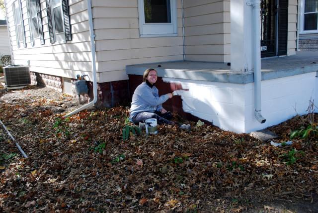 Kim Paint Outside