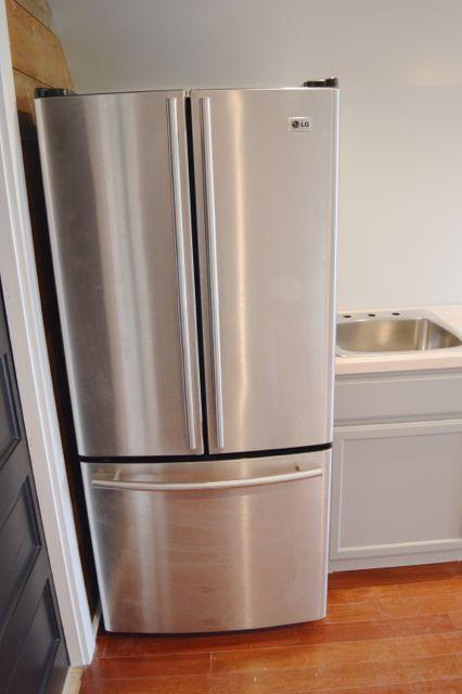 barn fridge full size2