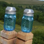 DIY Blue Ball Jar Solar Lights3