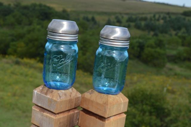 DIY Blue Ball Jar Solar Lights3