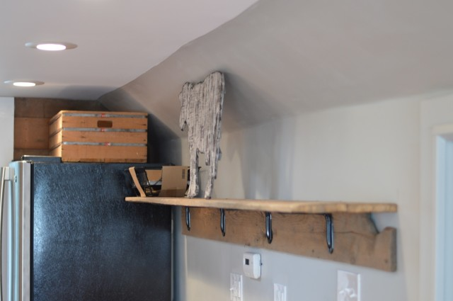 DIY barnwood shelf with brackets5