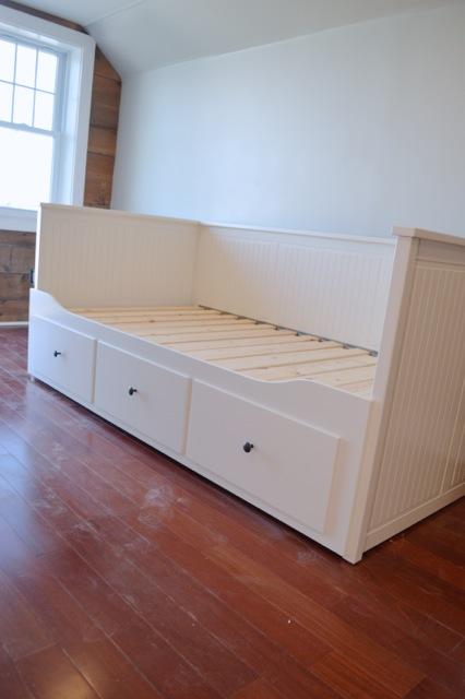 barn apartment furnishings02