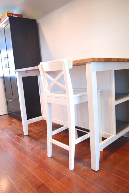 barn apartment furnishings05