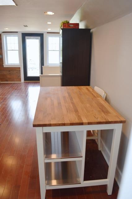 barn apartment furnishings06
