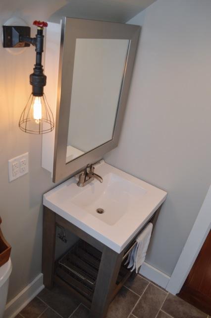 Barn bathroom NewlyWoodwards2