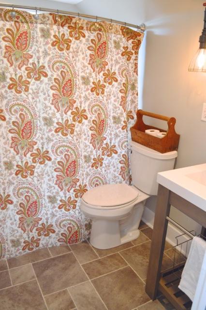 Barn bathroom NewlyWoodwards4