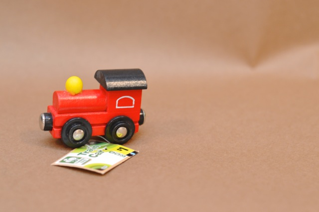 DIY holiday toy train gift1