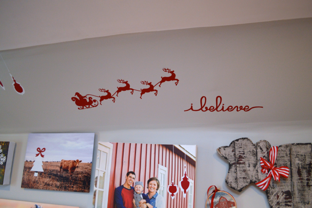Christmas decor tiny house barn NewlyWoodwards03