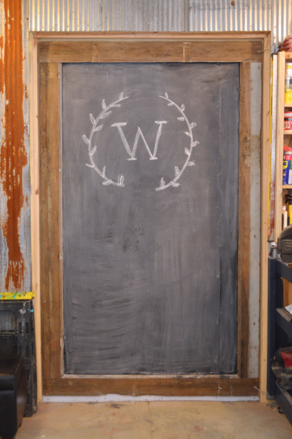 Custom chalkboard barn door5