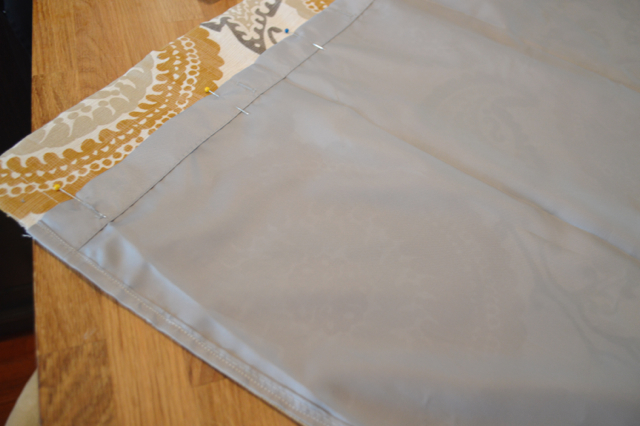 Lined cafe curtains from a large curtain panel01